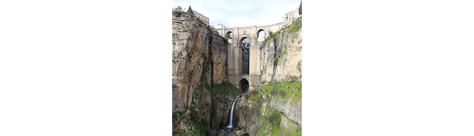 Yourandalusia.com - Travels in Andalucia - Tours in Southern Spain - Ronda 'Puente Nuevo'
